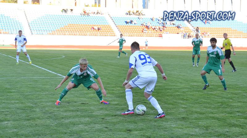 Матч ПР: «Зенит» (Пенза) — «Локомотив» (Лиски). Пенза, 11 сентября 2014 г.