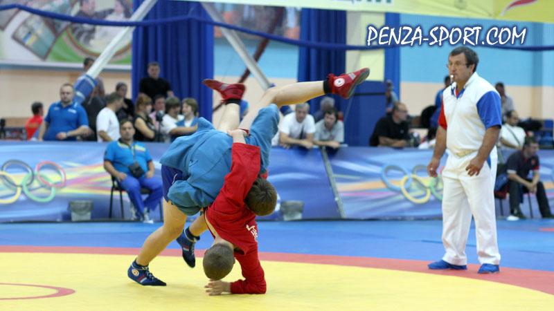 Зареченский самбист одержал победу на всероссийских соревнованиях в Самаре