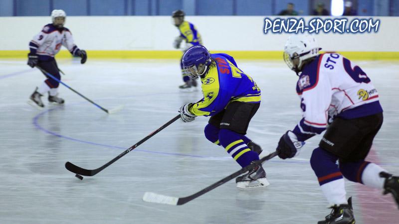 Юные пензенские хоккеисты остановились в шаге от наград на турнире в Татарстане